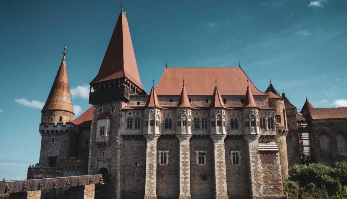 Imagine-Castelul-Corvinilor-Hunedoara-Romania