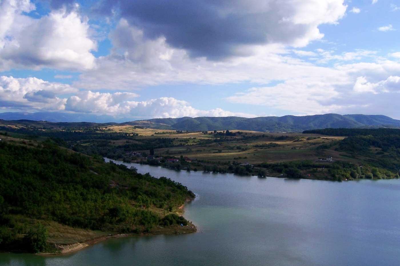 Lacul-Cincis-Hunedoara-Romania